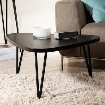 Table basse triangulaire en bois pieds metal epingles style contemporain