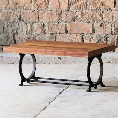 Table basse rectangulaire en bois recycle pieds metal de style industriel