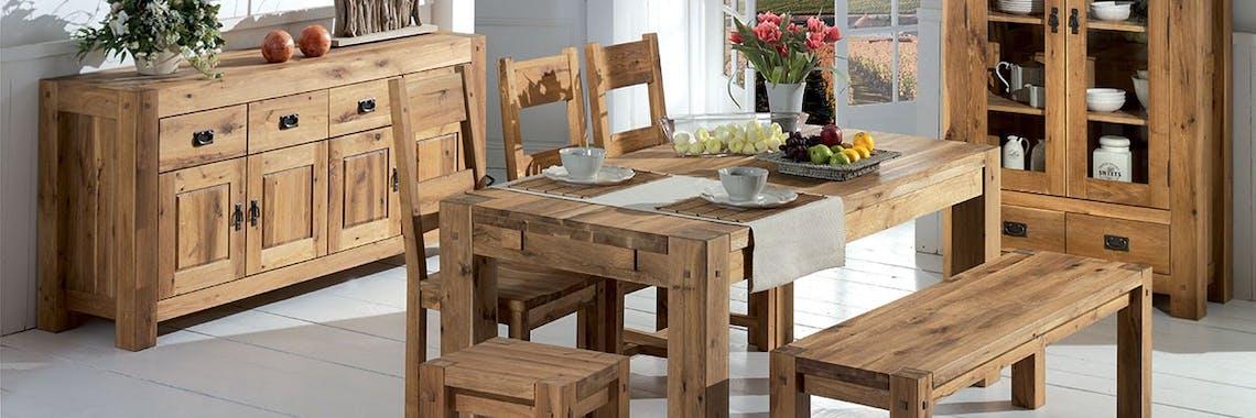 Table de repas carree en bois de style campagne