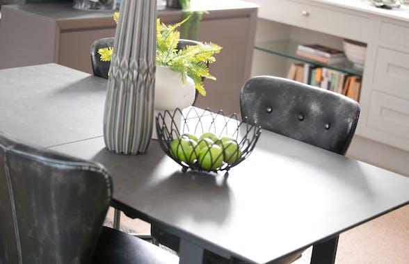 Table a manger extensible moderne ceramique et metal style contemporain