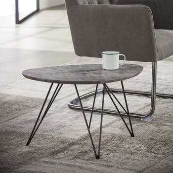 Table basse effet beton pied metal de style contemporain