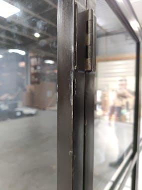 Vitrine industrielle métal verre ROADIES