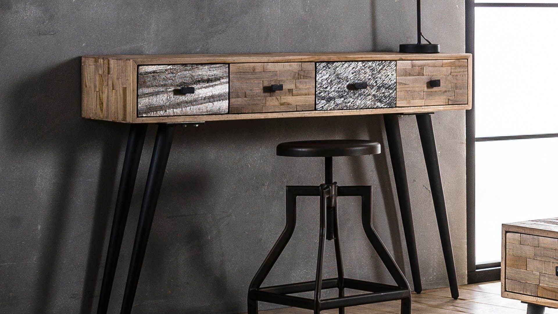 Consoles en bois recyclé : scandinave, industrielle...