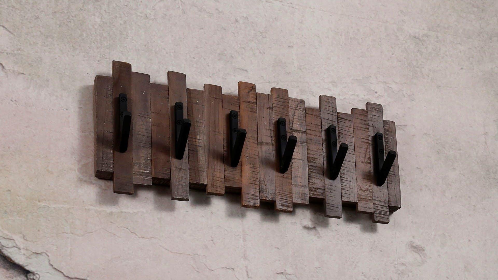 Portemanteaux et patères en bois recyclé : teck, chêne...