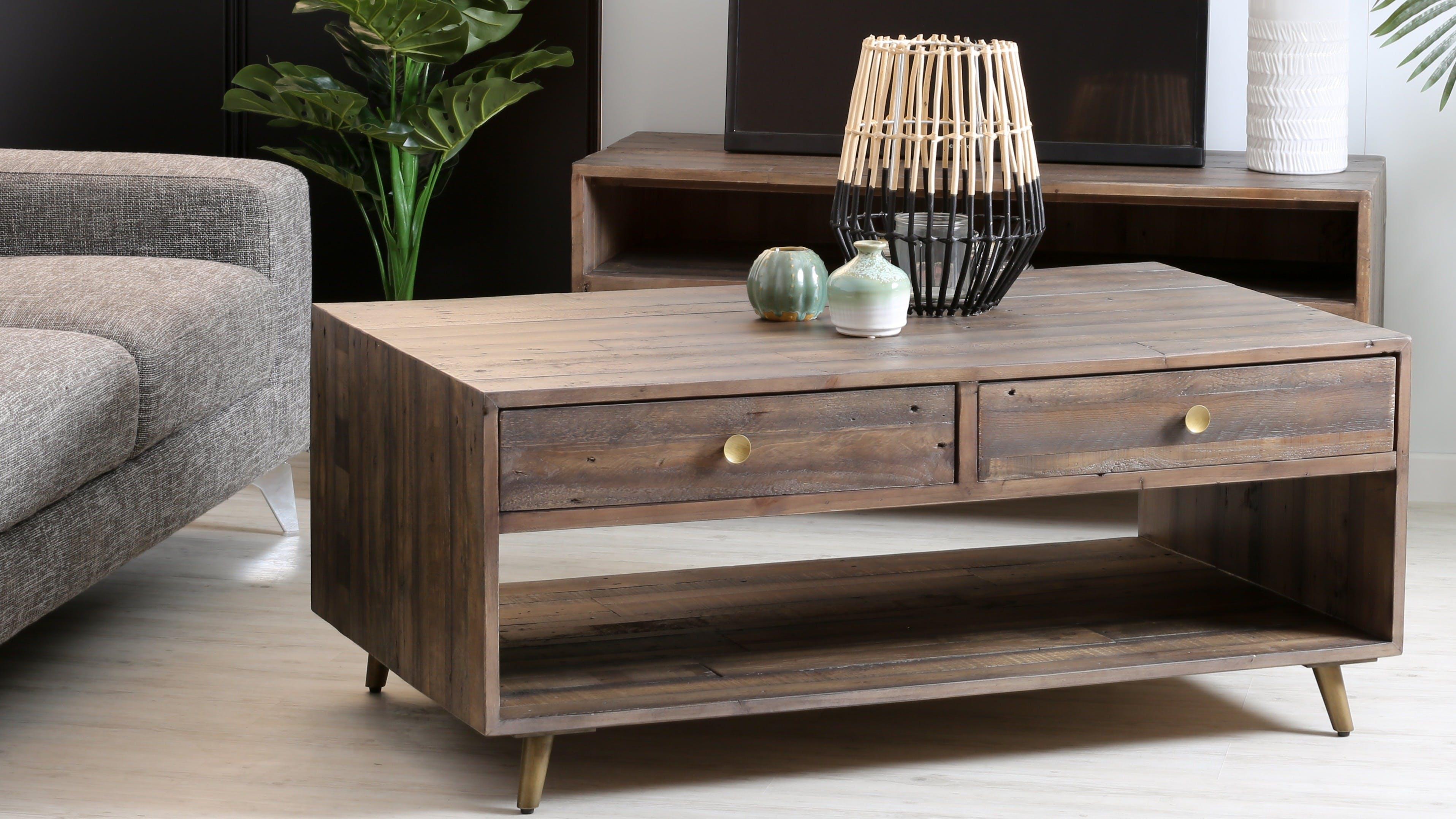 Tables basses en bois : rondes, carrées, industrielles...