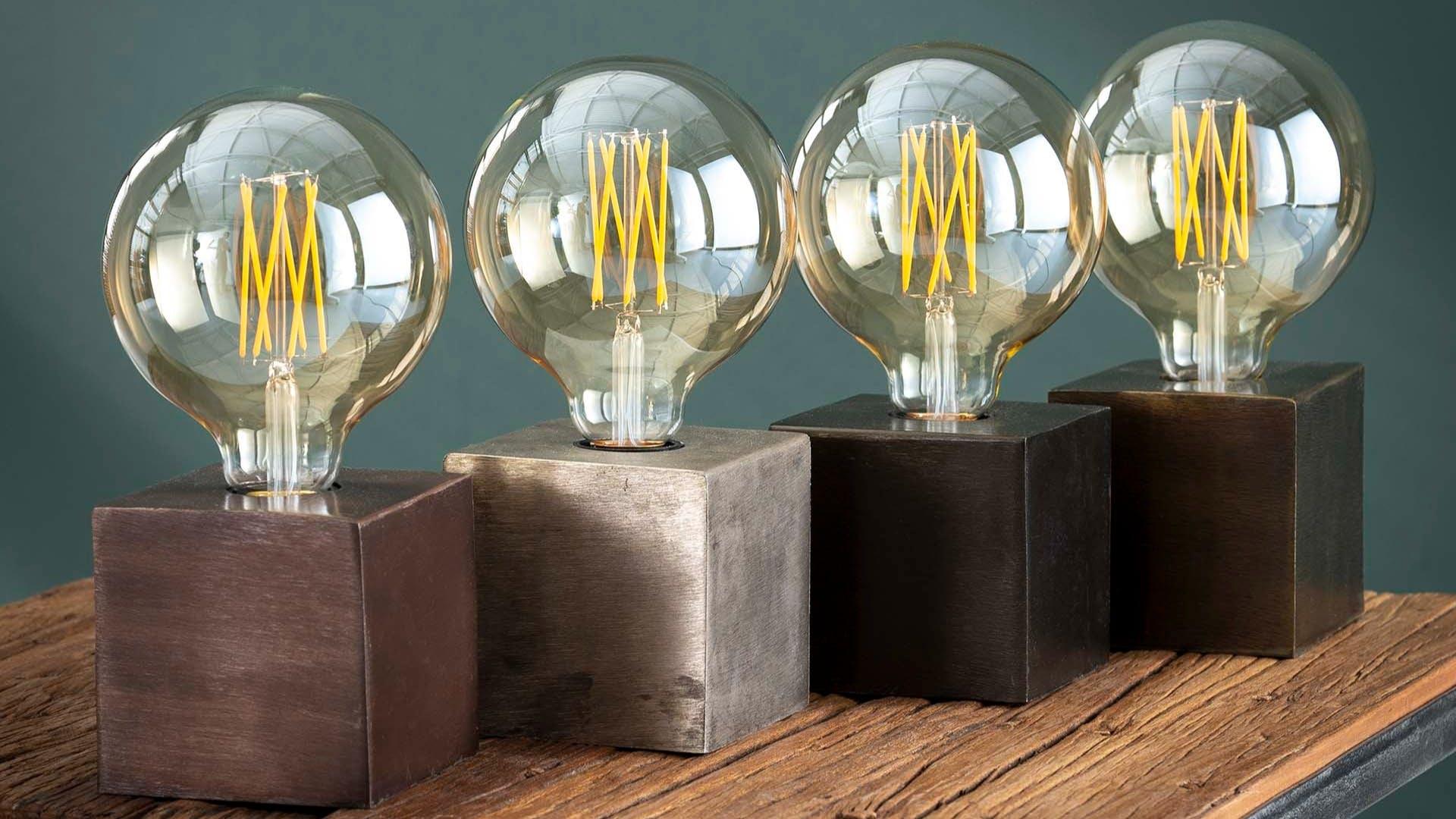 Lampes à poser : en bois, en métal, en verre...