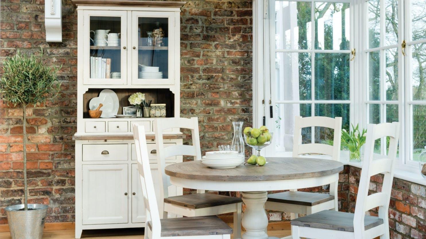 Vaisseliers en bois recyclé : avec tiroirs, avec portes...