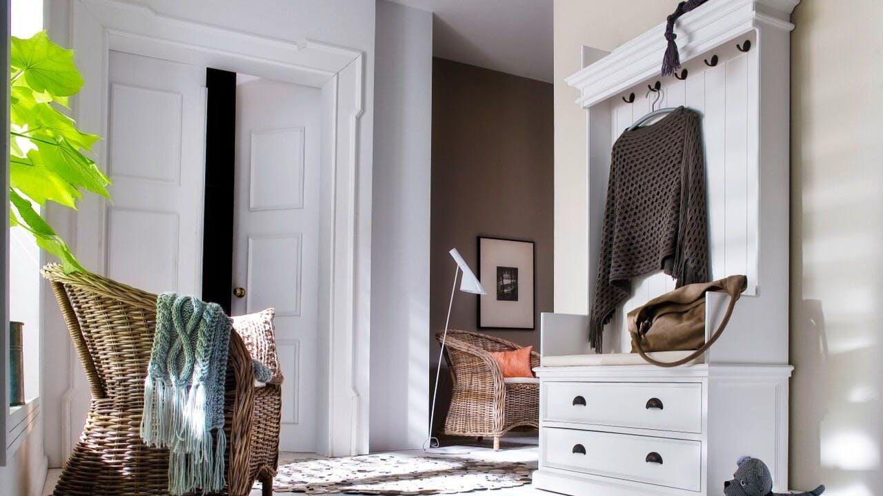 Meubles à chaussures et vestiaires : banc vestiaire, meuble à chaussures en bois...