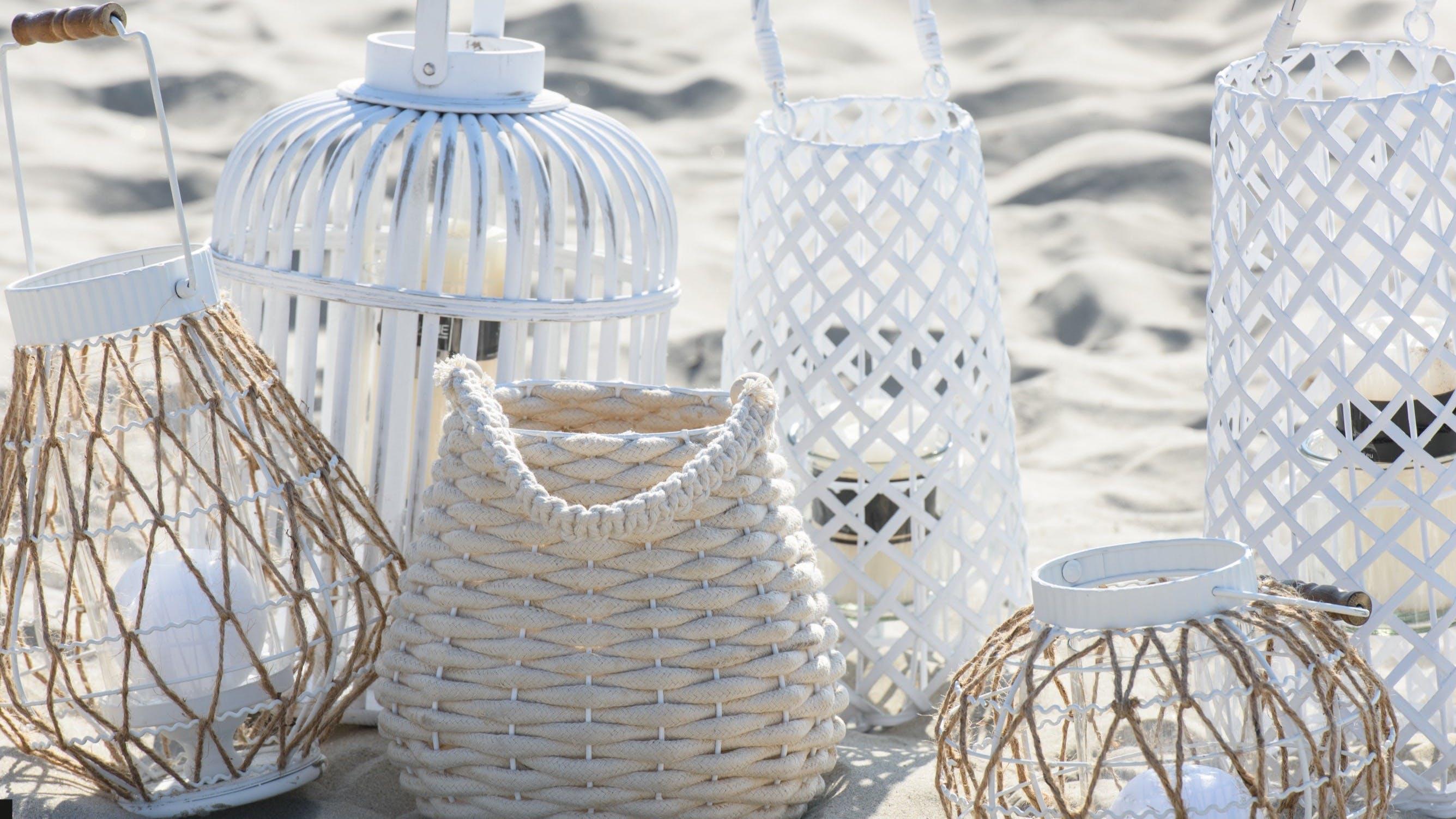 Lanternes - Photophores : en rotin, en bambou...