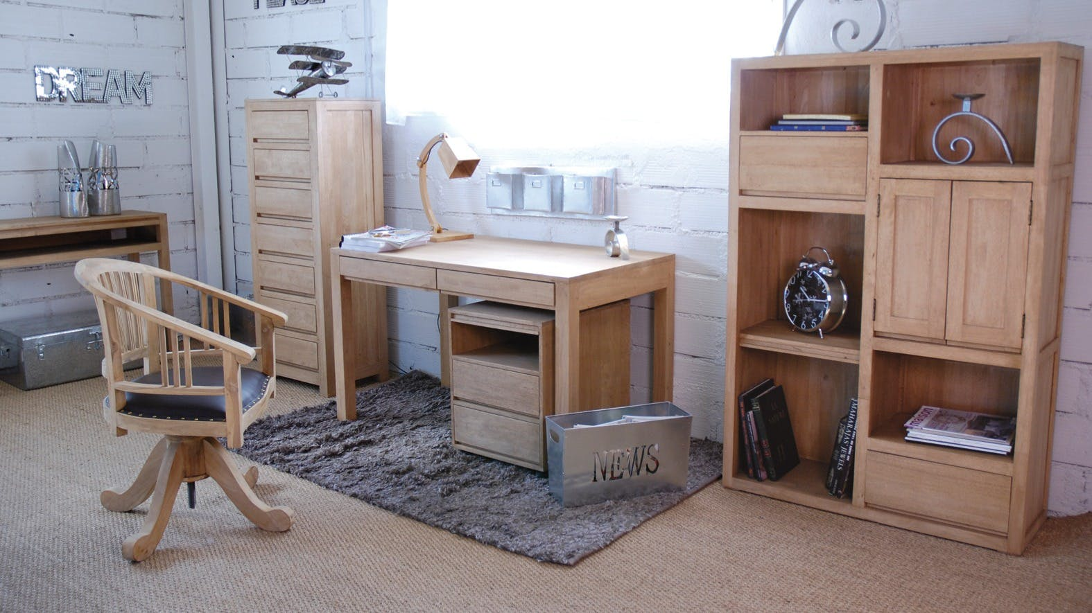 Meubles style scandinave